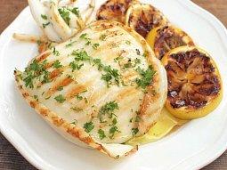 Grilovaná sépie s citronem