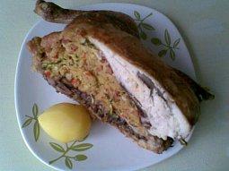 Kuře s cuketovou nádivkou