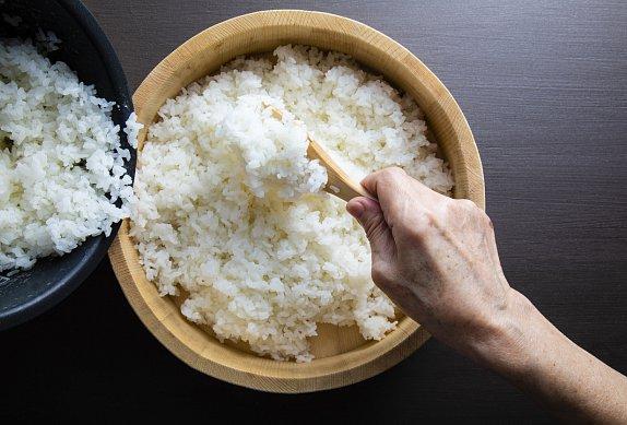 Kořeněná rýže s tuňákem