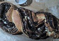 Motaný makový / ořechový závin