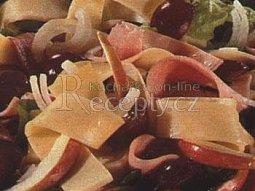 Sýrový ovocný salát