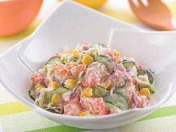 Delikátní krabí salát