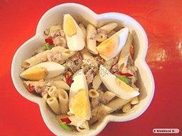 Těstovinový salát se žampiony a špekem