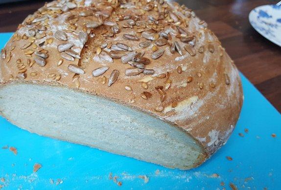 Staročeský domácí chléb
