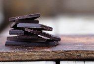 Hrnková čokoládová bábovka s polevou