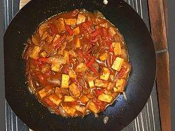 Zeleninová pánev s Tofu a rýží