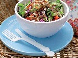 Pikantní kuřecí salát