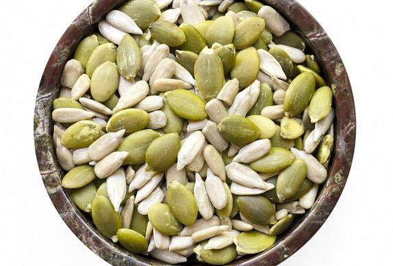 Kapr obalovaný v semínkách