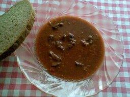 Gulášová polévka z předního hovězího masa