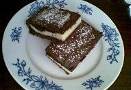 Kokosový koláč s pudinkem