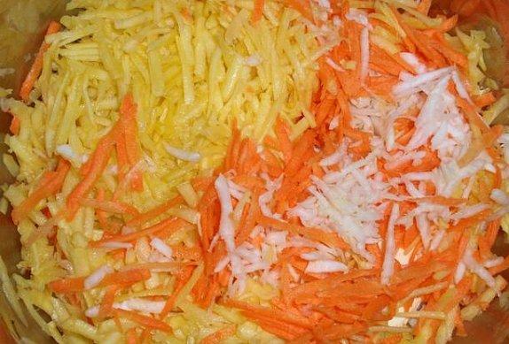 Dýňová polévka s česnekem a krutony