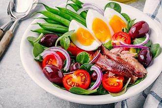 Recept na salát – postup přípravy, suroviny a více variant receptu