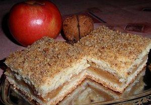 Jablečný víkendový koláč - vláčný