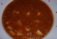 Gulášová polévka z kuřecích žaludků