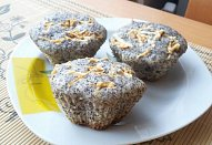 Makové muffiny s ovocem
