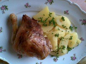 Kuře s jablečno-křenovou nádivkou