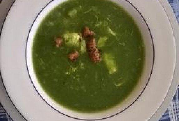 Polévka z čerstvého špenátu - jednoduchá a rychlá