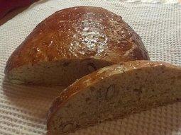 Editin podmáslový chléb s mandlemi