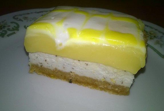 Lemon Pie Vanilla Cheesecake