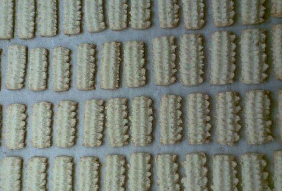 Ořechové tyčinky plněné krémem