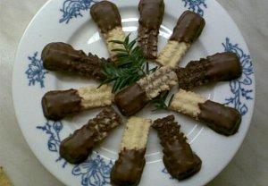 Kokosové tyčinky s čokoládou-tříbarevné