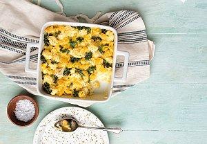 Zapečené těstoviny s květákem a kapustou