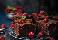 Malinové brownies
