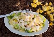 Salát se šunkou a sýrem