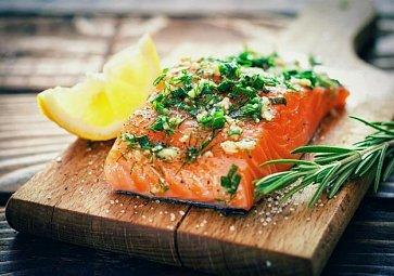 Jak na lososa? Naučte se ho naporcovat!