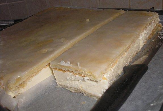 Pudinkové řezy z listového těsta s citronovou polevou photo-0