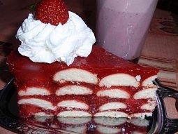 Jahodový dort nebo řezy - nepečený