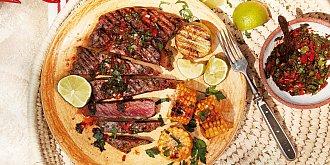 Hovězí steak s chimichurri a kukuřicí