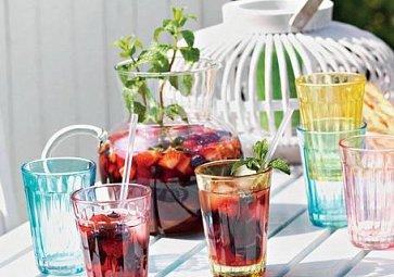 Léto ve skleničce. Tipy na 5 skvělých osvěžujících nápojů