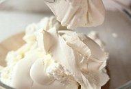Sýrová pomazánka s česnekem