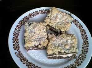 Drobenkový koláč tvarohovo-pudinkový