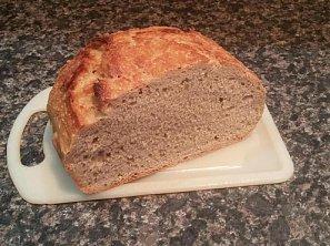 Jednoduchý domácí chléb bez hnětení
