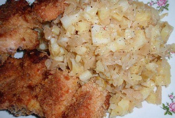 Pečené kuře s bramborovo-zelným salátem