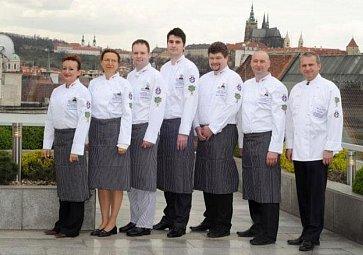 Čeští kuchaři budou letos pomáhat v Jihoafrické republice na prestižním charitativním turné