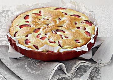 Recept na víkend: Koláč s tvarohem a ovocem