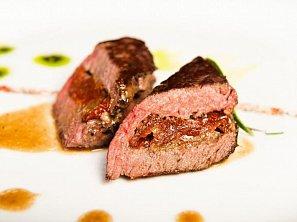 Pštrosí maso s rozmarýnem
