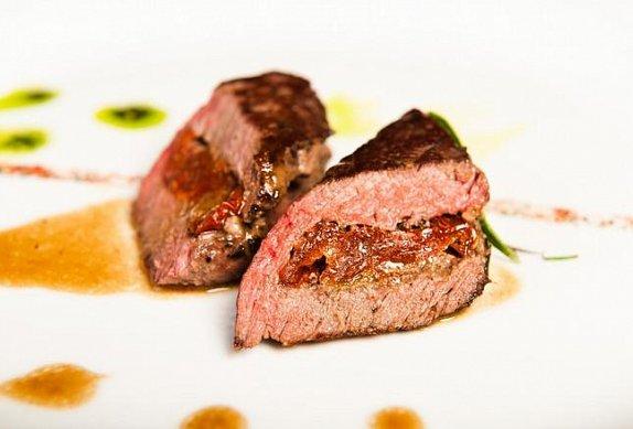 Pštrosí maso s rozmarýnem photo-0