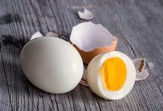 Salát se šunkou a vejci
