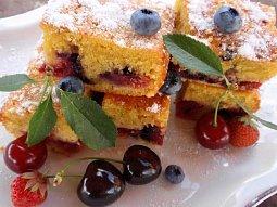 Hrníčkový koláč (bublanina) z kefíru - ovocný