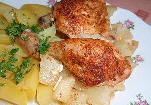 Kořeněné kuře na česnekovém patizonu