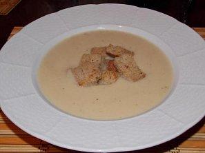 Celerová krémová polévka
