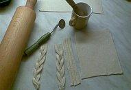 Slané copánky z listového těsta