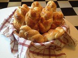 Domácí houstičky ze sušeného droždí