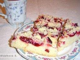 Jogurtový koláč s ovocem (těsto bez cukru)