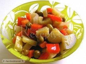 Zeleninová směs s okurkami