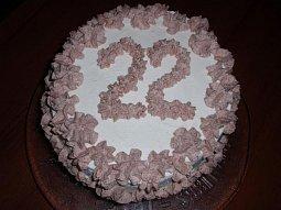 Dvoubarevný roládový pařížský dort